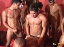 Sexo Gay Brasileiro em Grupo