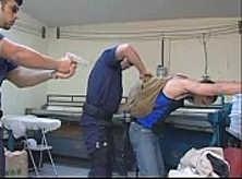 Policial Gay Comendo o Cu do Bandido Guloso