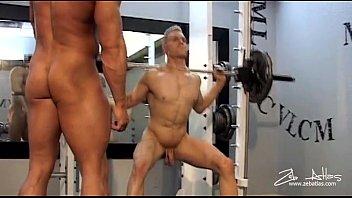 Porno Gay com Malhados, Fortes e Bem Sarados